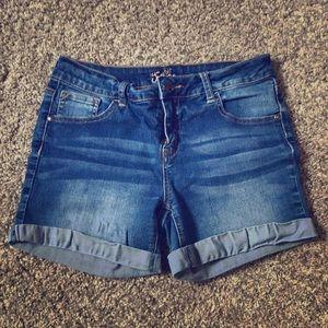 Cute😻summer shorts